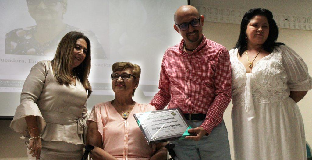 Mujer Sobresaliente en Barranquilla y la región Caribe colombiana